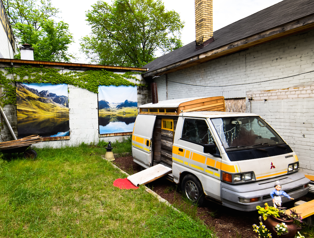 Popps' Mobile Sauna by Graem Whyte