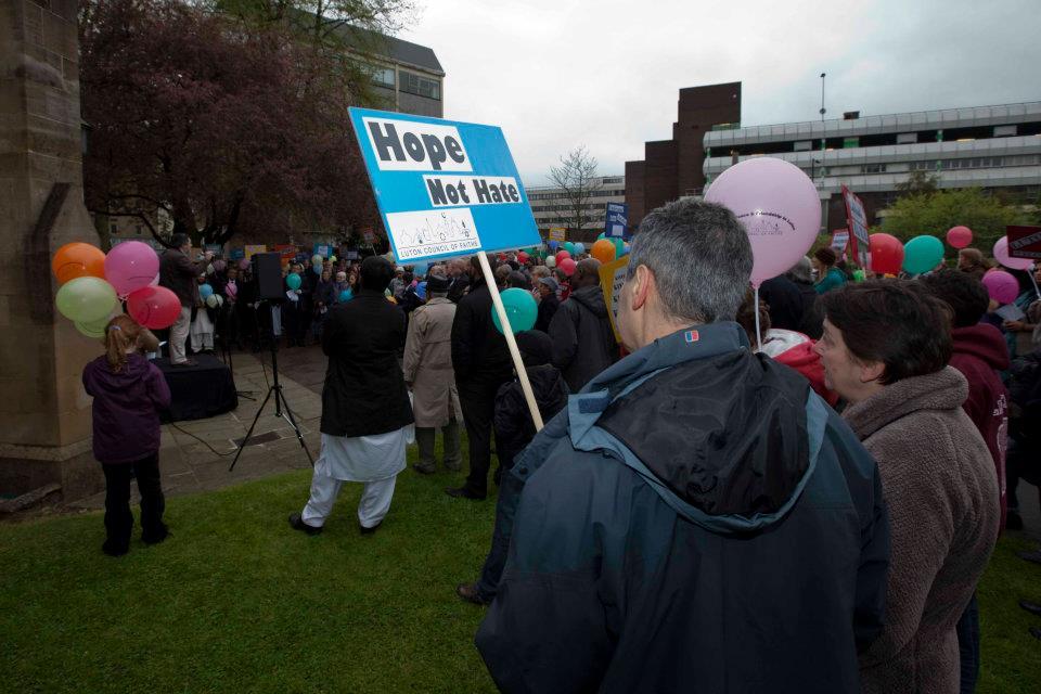 Luton Peace Vigil_0008.jpg