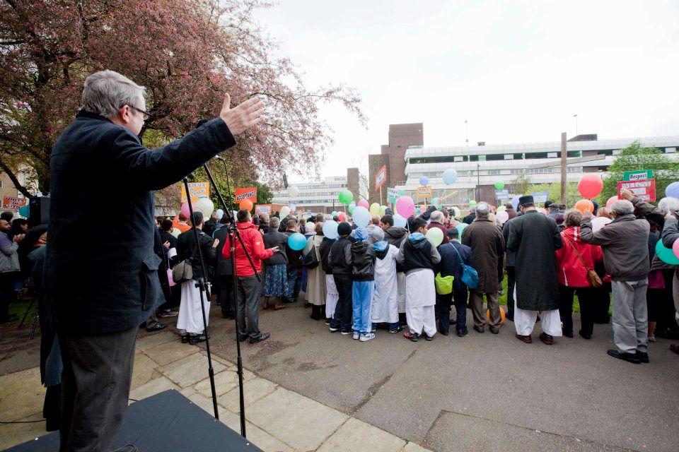 Luton Peace Vigil_0017.jpg