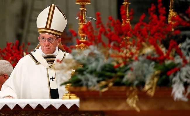 pope-francis-christmas_650x400_41514203812.jpg
