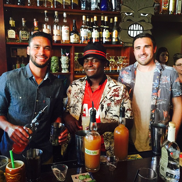Thanks to everyone who showed up to @rumbaseattle for the @americascoresseattle event! Big shoutout to my teammates who helped out behind the bar! @aokovar @darwinljones @dylanremick @jockford #tikiwednesday #novofogo