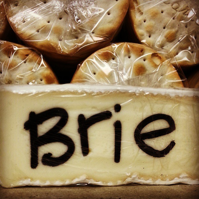 Brie & Crackers