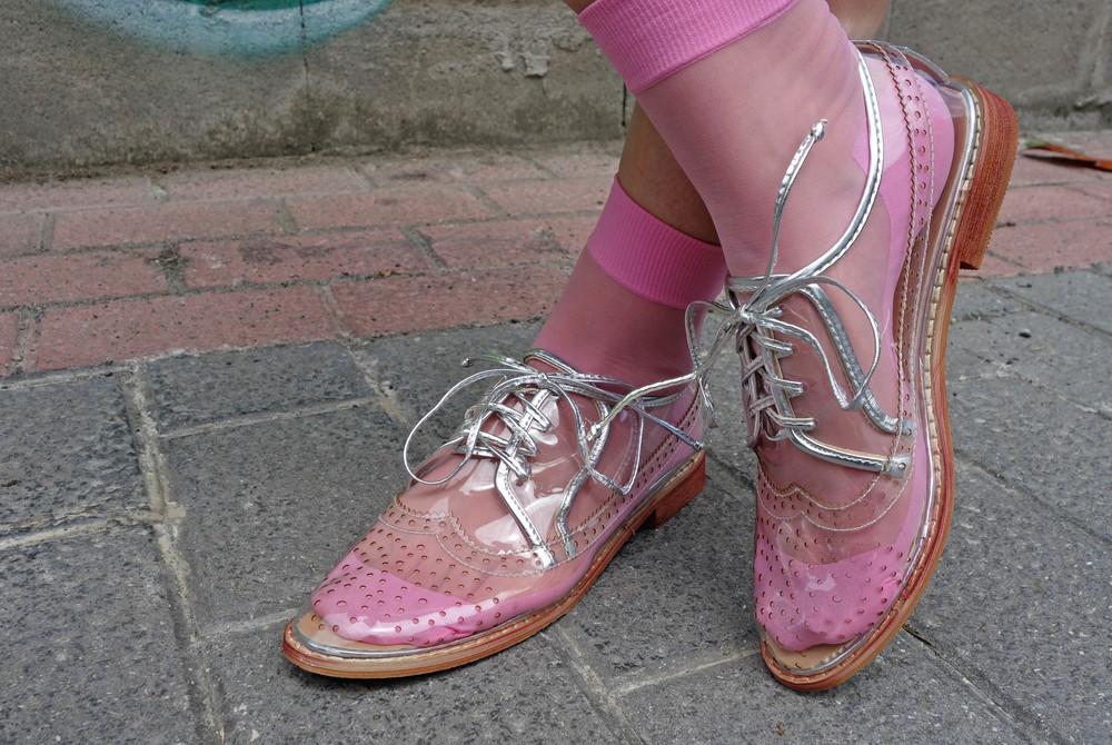Back_To_Trendy_Airova_Shirt_Silver_Skirt_Transparent_Shoes_9.JPG