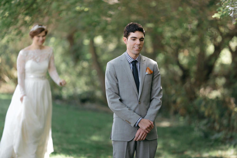 Adorable-first-look-wedding