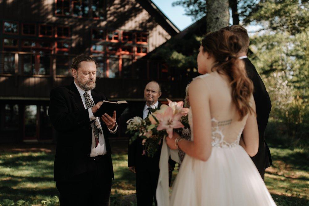 Madeline-Island-Wedding-Photography_38.jpg