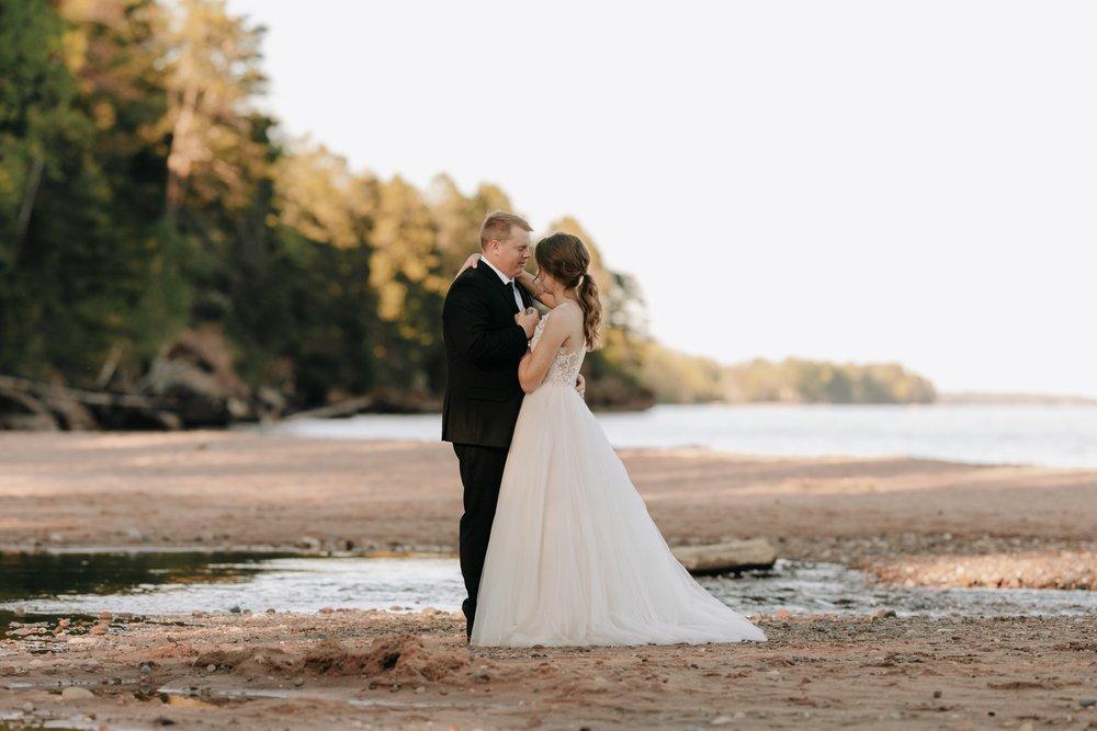 Madeline-Island-Wedding-Photography_61.jpg