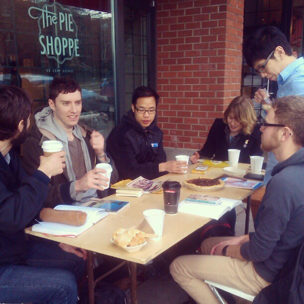 Awesome mad pie sketch party outside on the colds #sketchiepeople