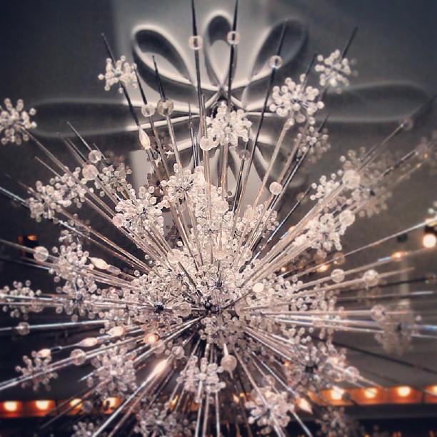 Lobby chandelier @waldorfastoria