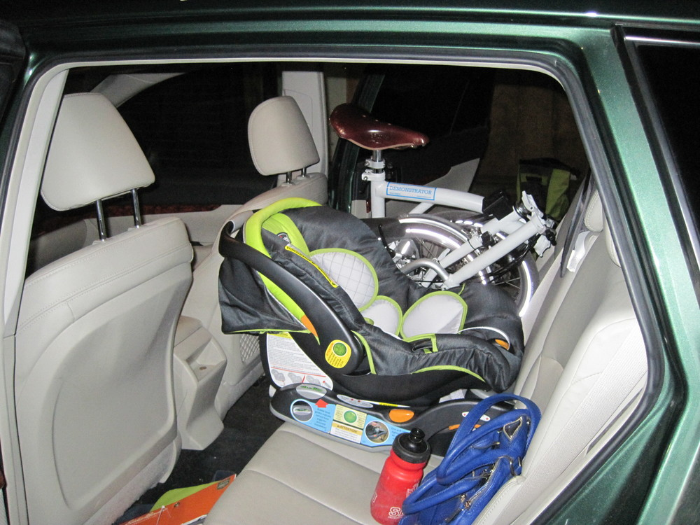 Storage of course is the main benefit.  Here you can see it next to the newly installed car seat.