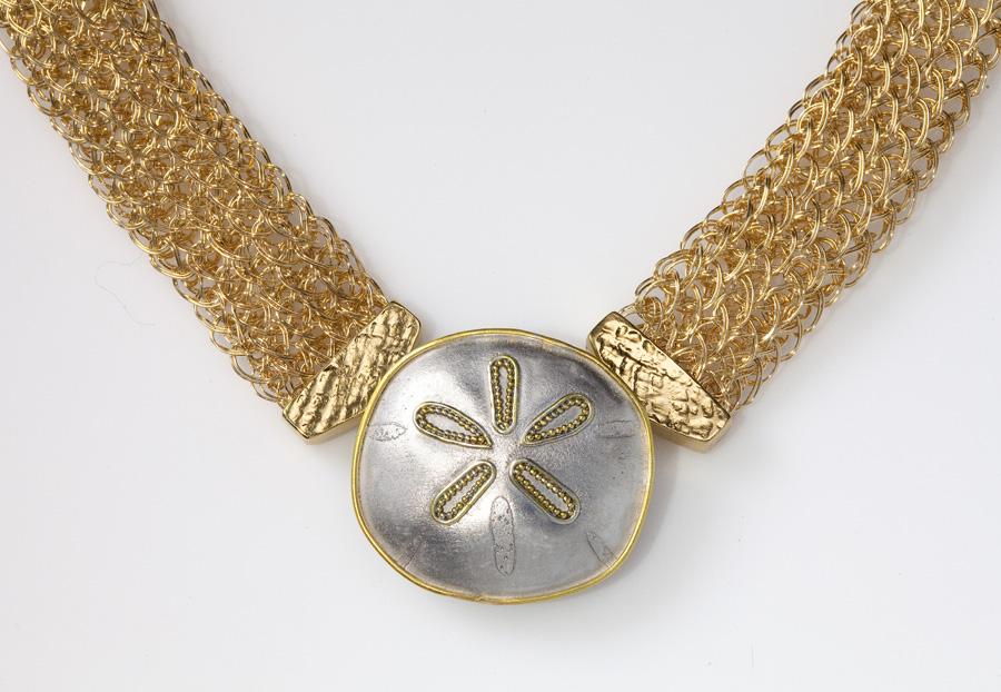 Sand dollar pin/pendant
