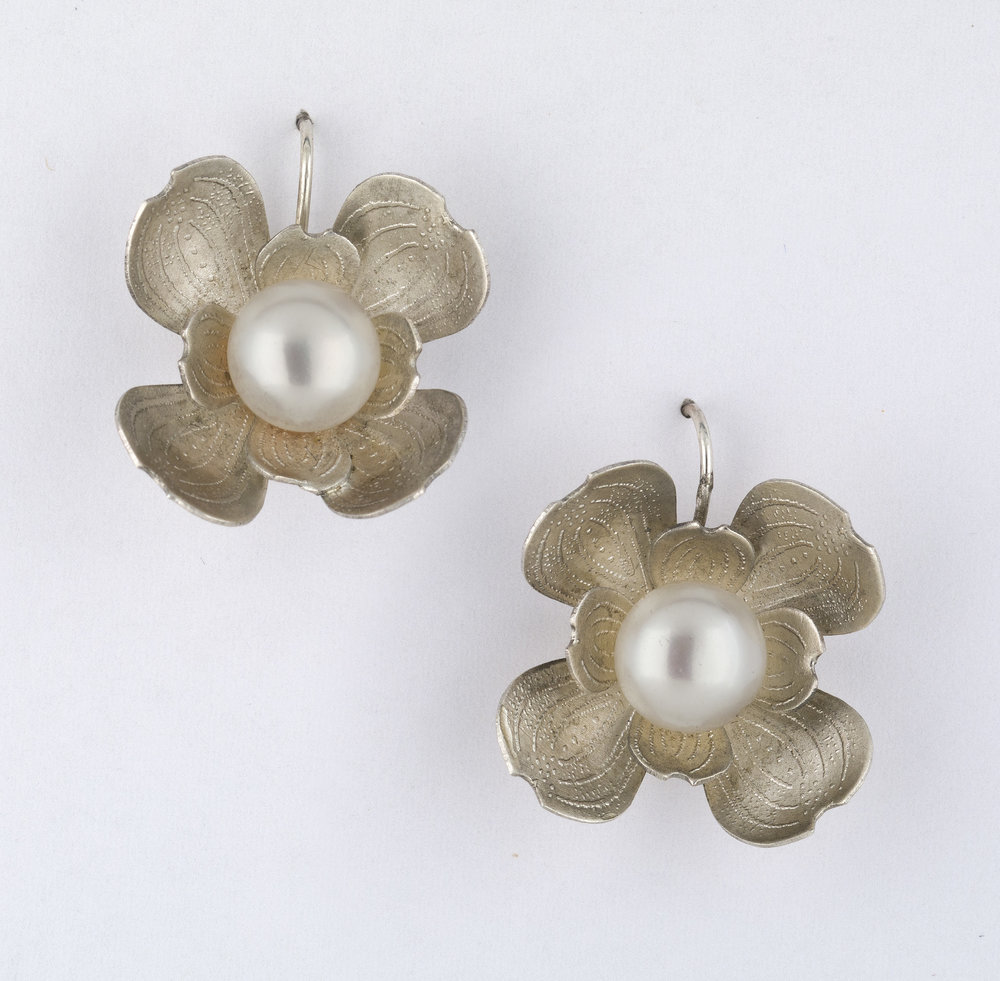Earrings 1.jpg