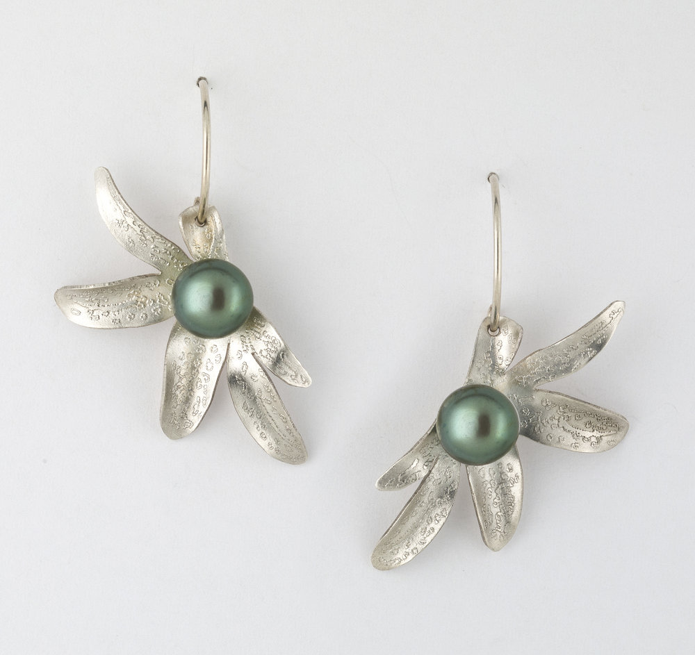 Earrings 7.jpg