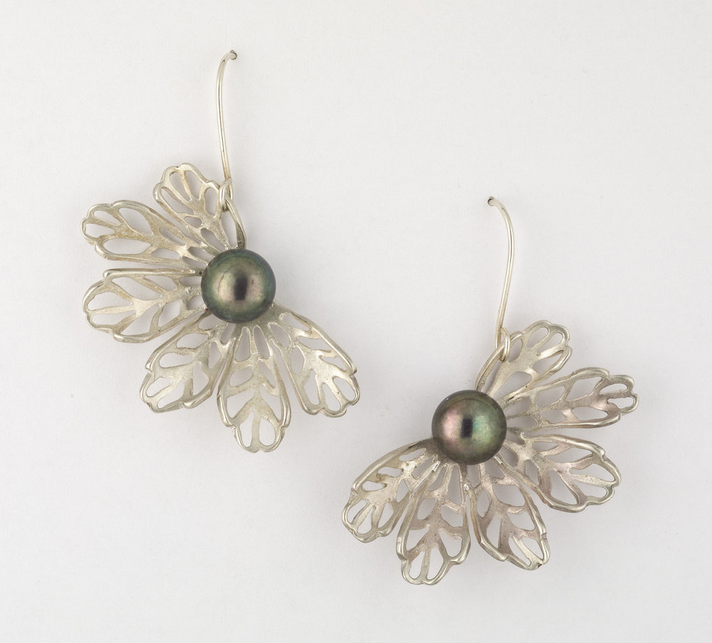Earrings 9.jpg