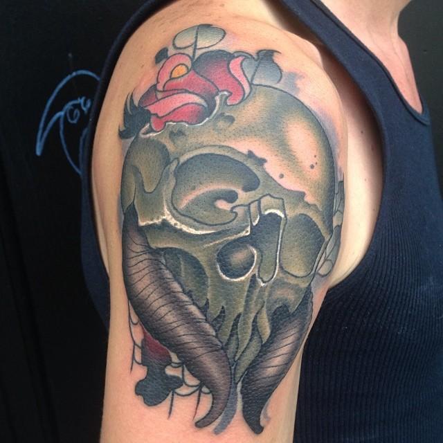 17-skully.jpg