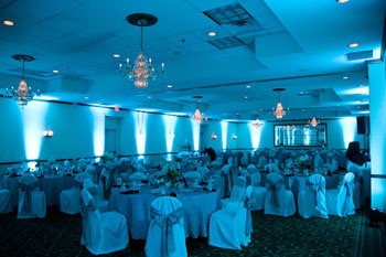 tiffany_blue_wedding_uplighting_hilton_garden_inn_fairfax.jpg