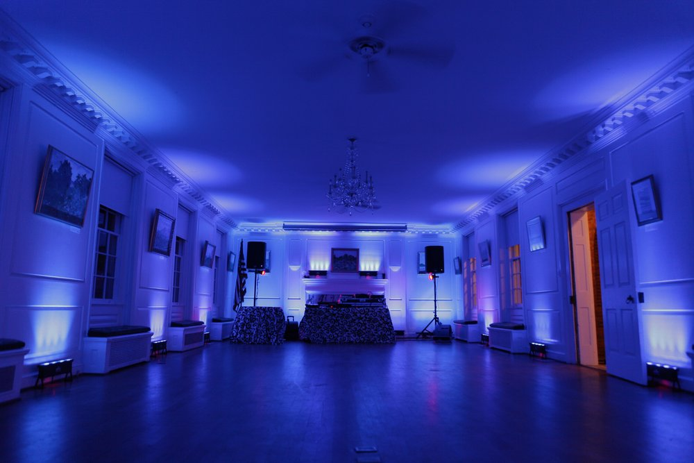 uplighting-washington-dc-leesburg-northern-virginia-charlottesville-harrisonburg-fairfax-loudoun-uplighting-by-dj-maskell.jpg