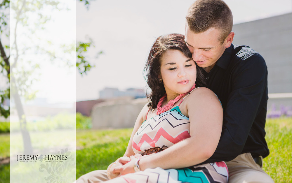 Emily + Chris Downtown Canal Indianapolis, IN Engagement Pictures 18.jpg