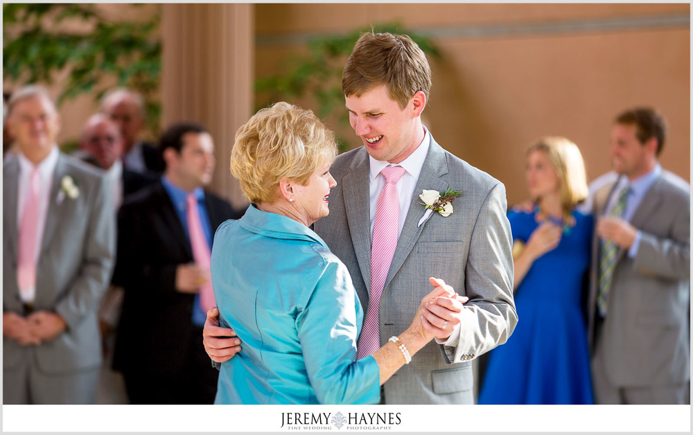 41 Indianapolis Art Center Indianapolis, IN Mother Son Dance Wedding Photos.jpg