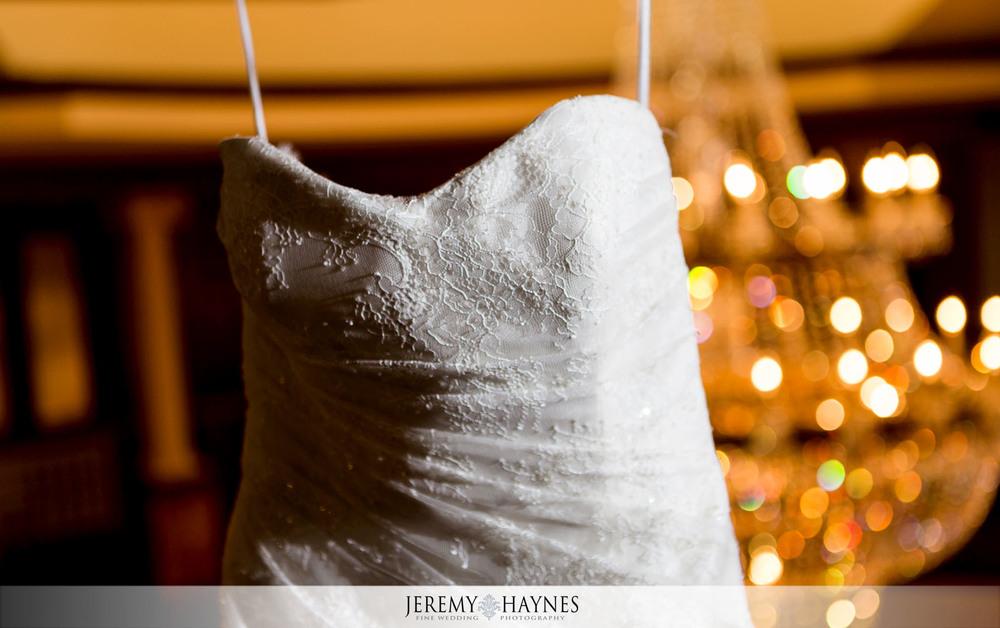 03-Community-Life-Center-Indianapolis-Wedding-Photographer.jpg