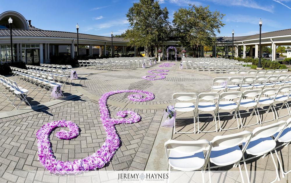 20-Community-Life-Center-Indianapolis-Wedding-Photography.jpg