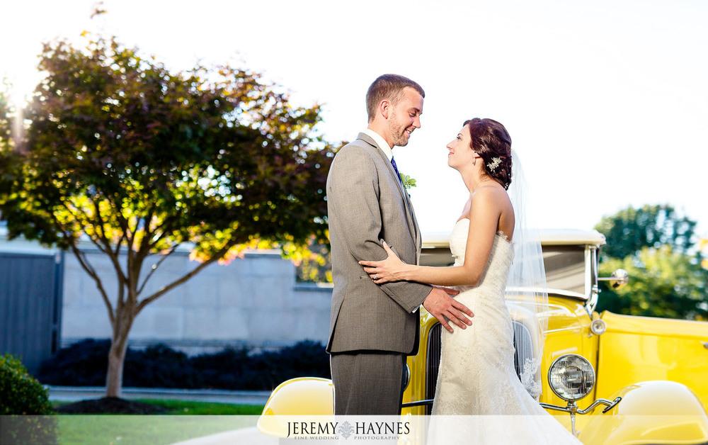 31-Community-Life-Center-Indianapolis-Wedding-Photography.jpg