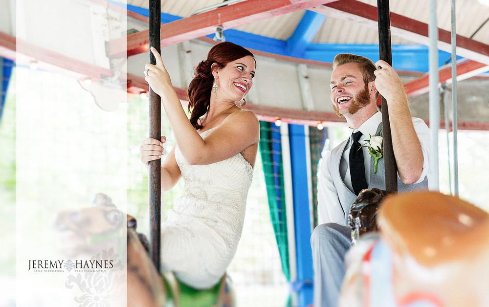 07-forest-park-carousel-indianapolis-transportation-museum-noblesville-wedding-photographer.jpg