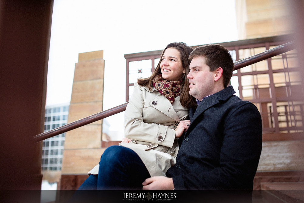 14-indiana-state-museum-eiteljorg-museum--indianapolis-city-engagement-photography.jpg