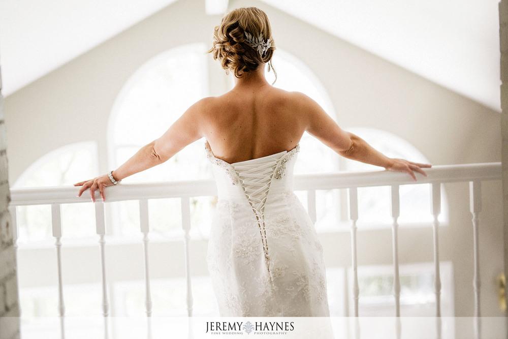 04-the-mansion-at-oak-hill-carmel-indianapolis-elegant-wedding-bridal-details-photos.jpg