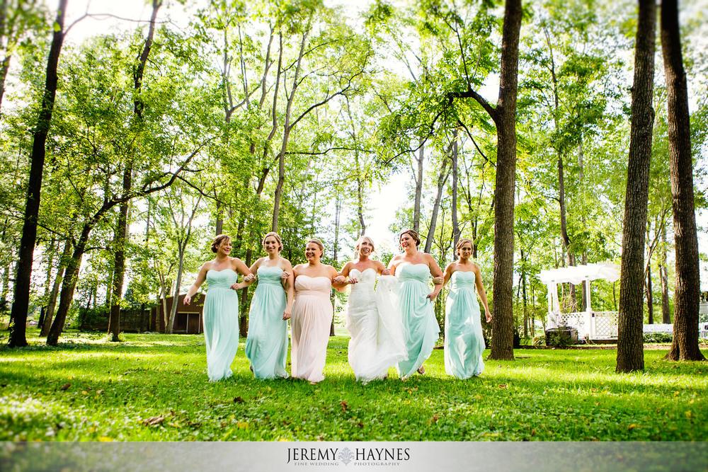 08-the-mansion-at-oak-hill-carmel-indianapolis-wedding-fun-brides-maids-photos.jpg