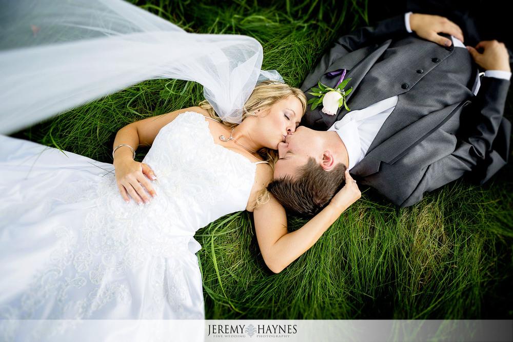 12-plum-creek-golf-club-carmel-wedding-photographers-reception-couple-pictures.jpg