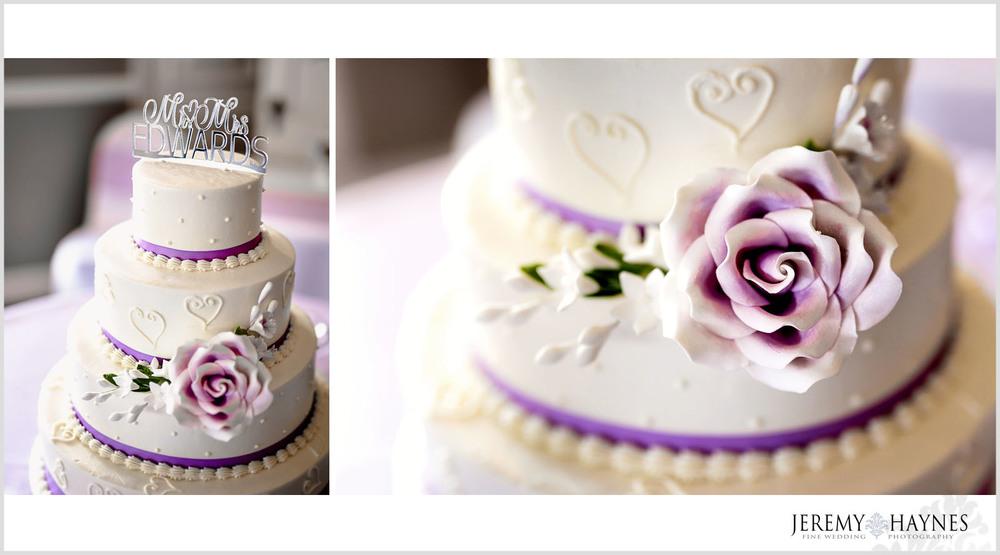 19-plum-creek-golf-club-carmel-wedding-photographers-reception-wedding-cake-photos.jpg