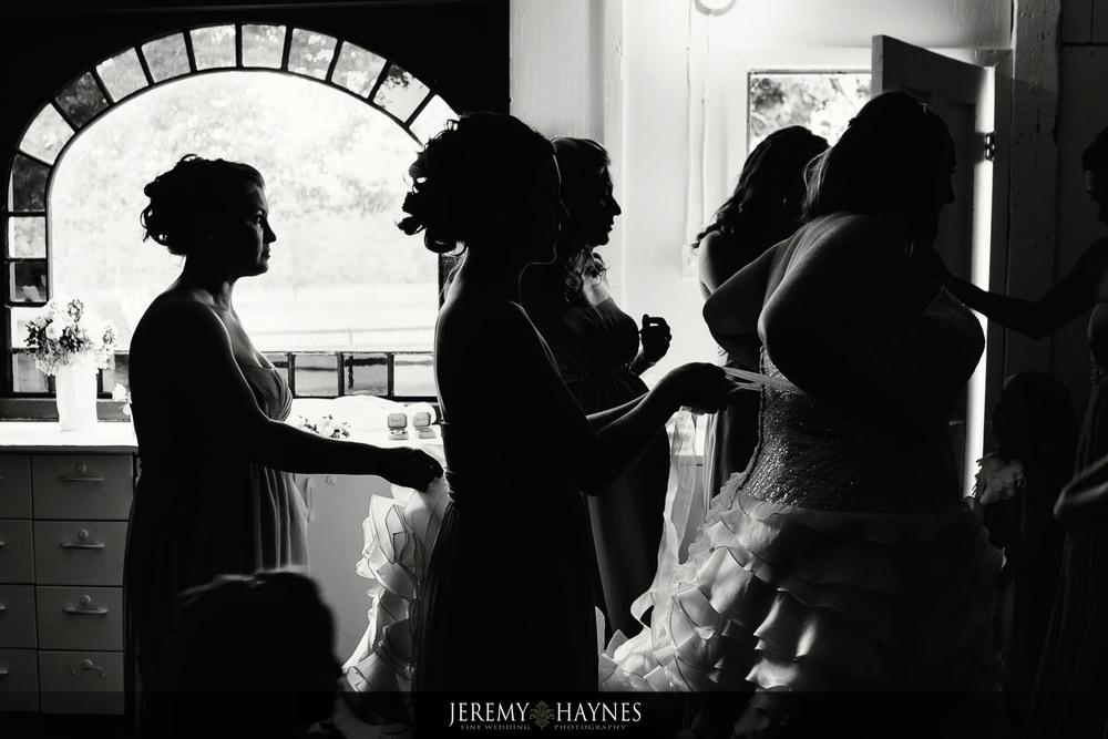 08-diamonds-and-dust-venue-logansport-wedding-photography-details.jpg