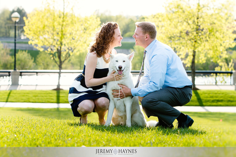 artistic-engagement-photos-outside-jeremy-haynes-photography.jpg