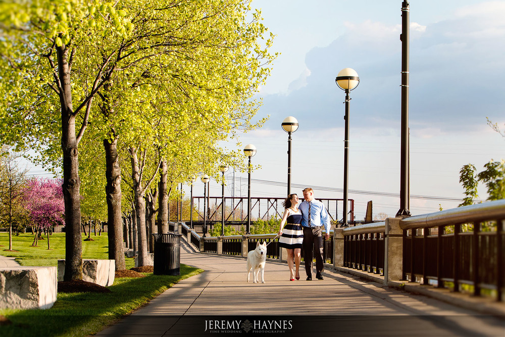 indianapolis-canal-engagement-photographer.jpg