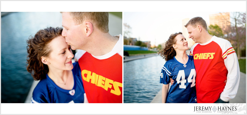 walking-canal-engagement-pictures-indianapolis.jpg
