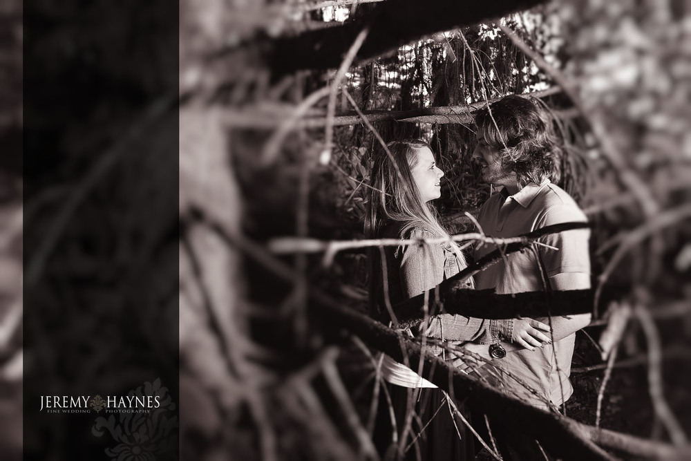 fort-harrison-state-park-engagement-indianapolis-photo.jpg