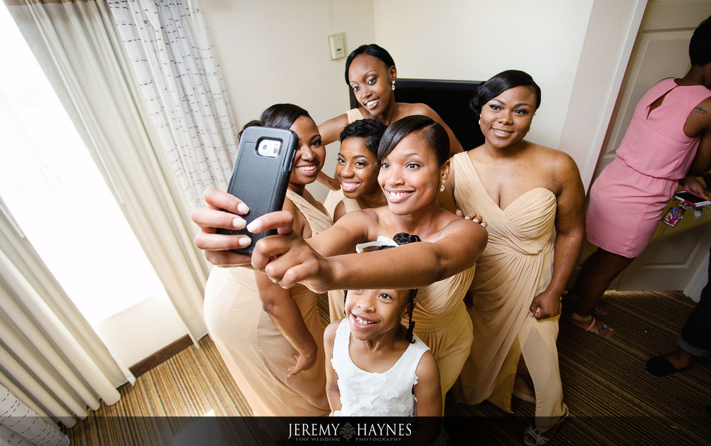 fun-bridal-party-pictures-residence-inn-marriott-downtown.jpg