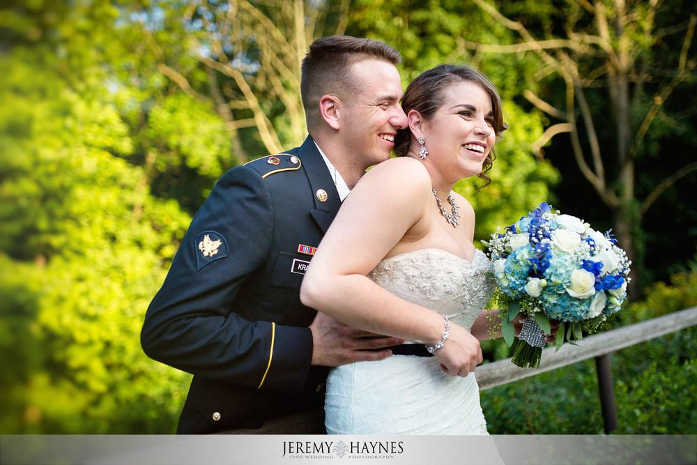 stunning-wedding-couple-holliday-park