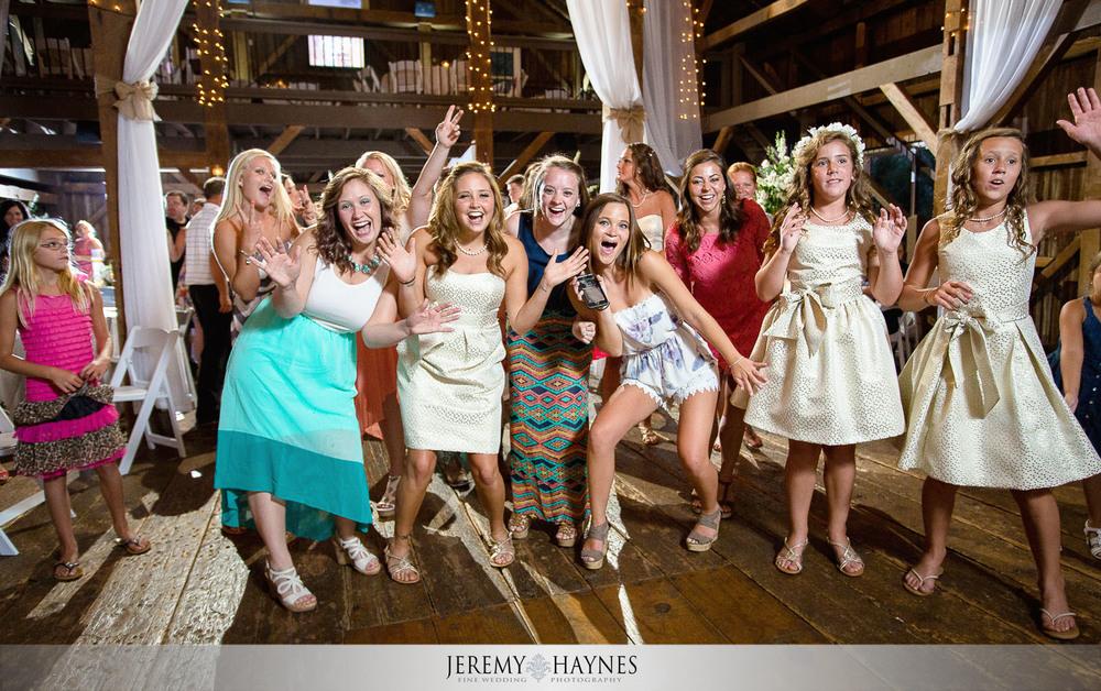 dancing-wedding-reception-photos