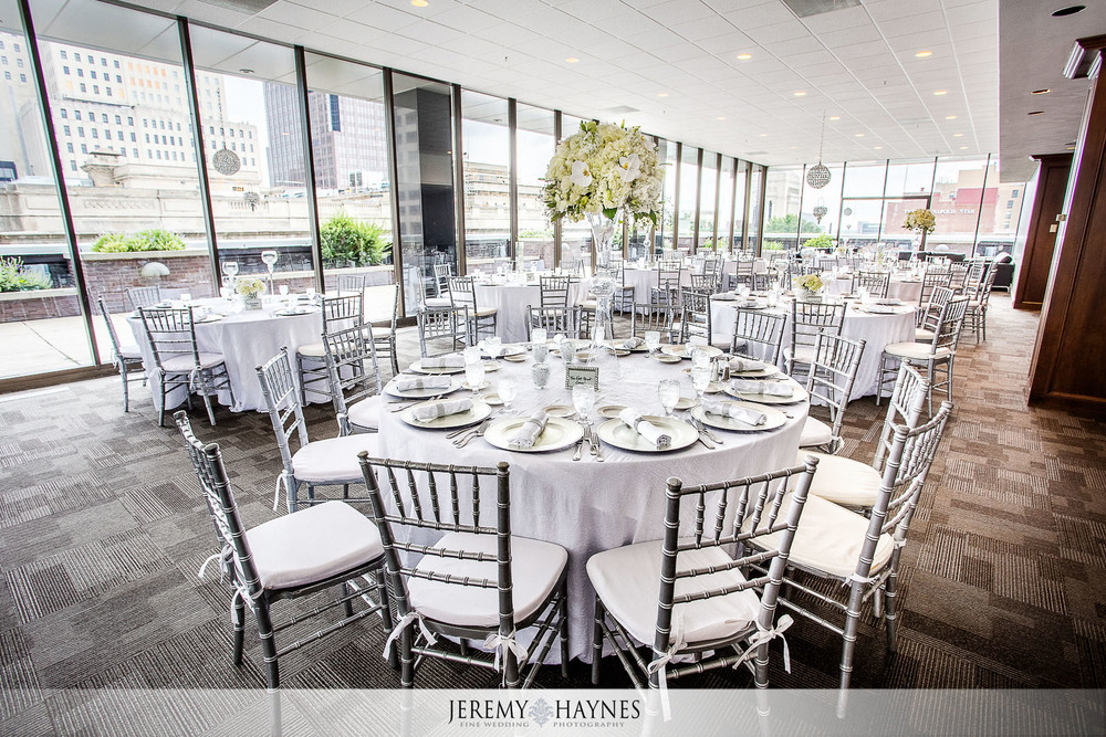 Regions Tower Wedding Oasis Events Indianapolis Samantha Bryan
