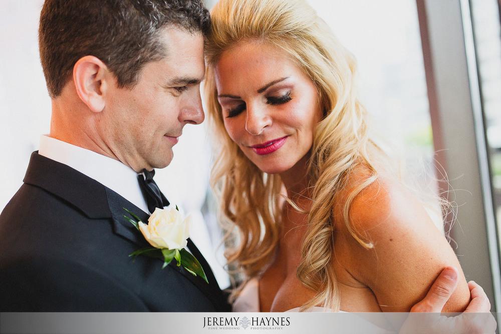 wedding-couple-photo-oasis-events