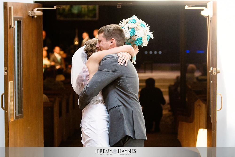 fun-wedding-couple-photos-anderson