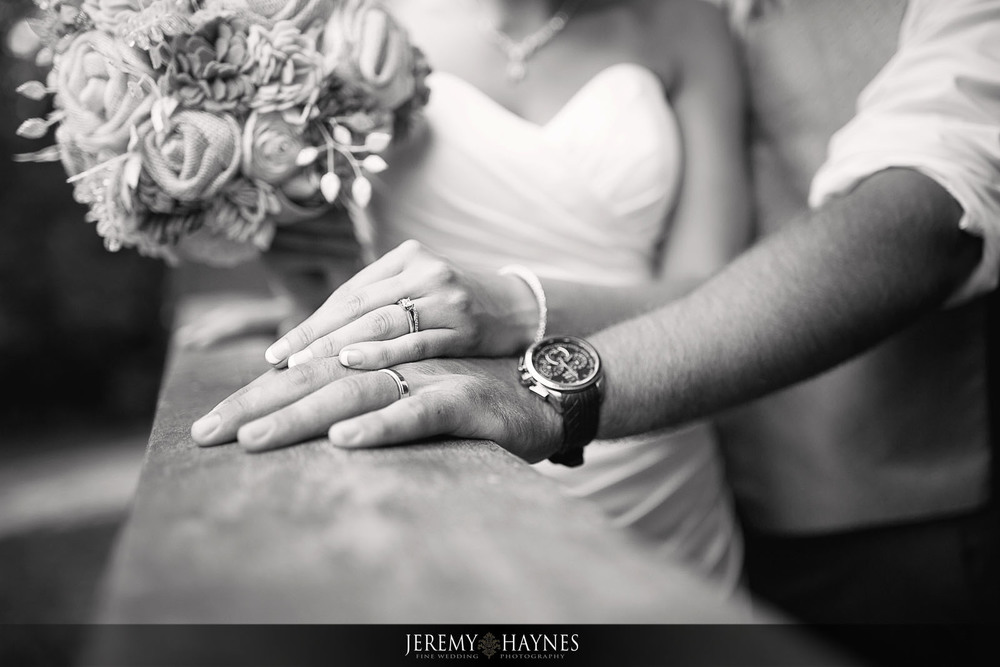 timeless-wedding-couple-pictures-indianapolis