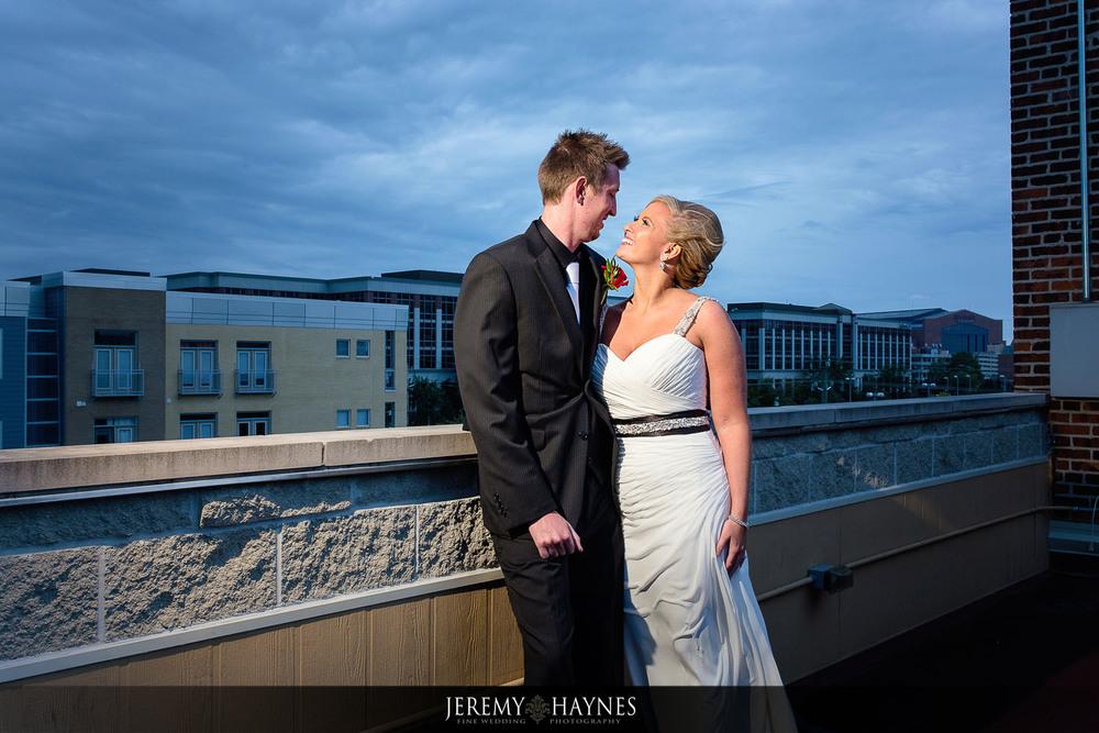 outside-mavris-wedding-photos