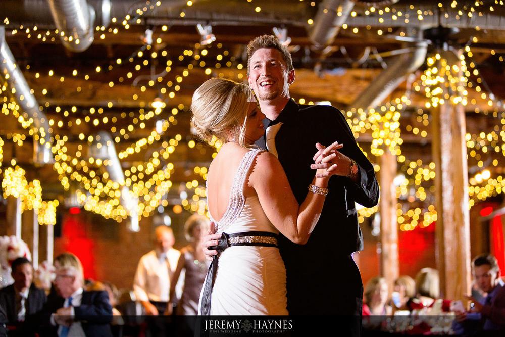 beautiful-mavris-couple-dance