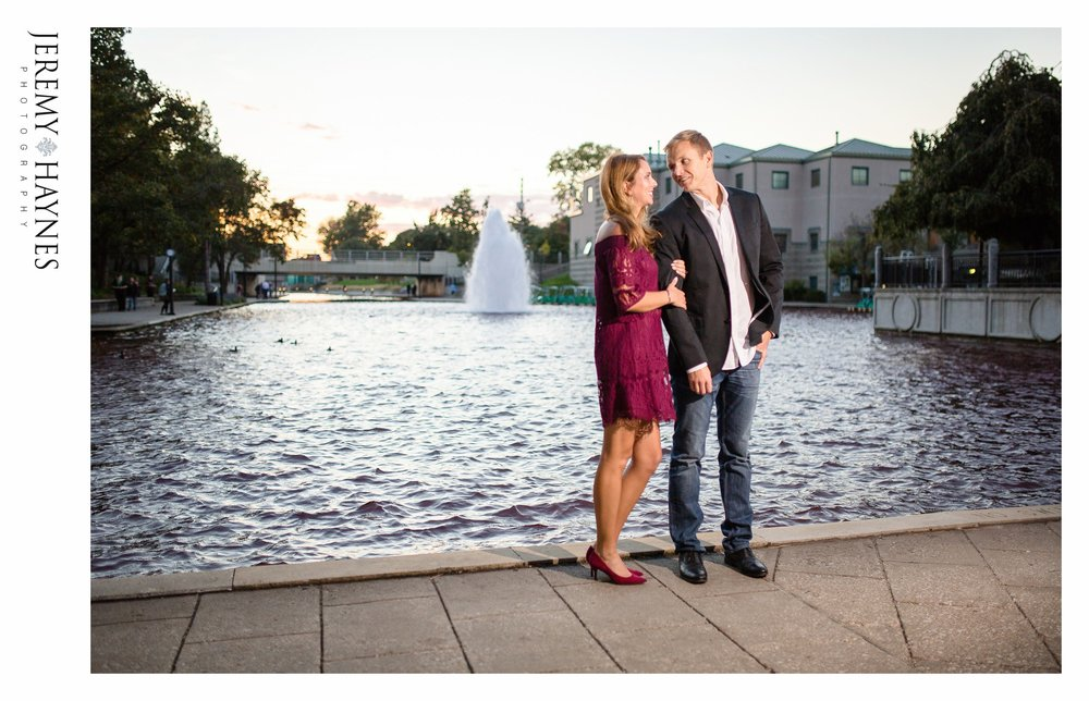 best-engagement-indianapolis-canal-photos.jpg