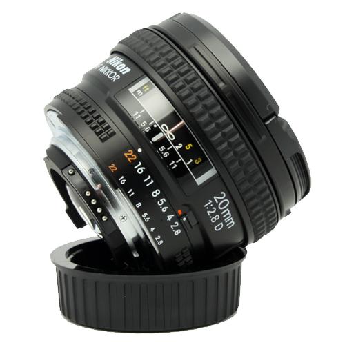 Nikon 20mm f/2.8D