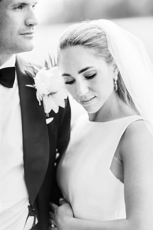 Kjære Vakre Bryllup, Tusen takk for alt dere gjorde, ordnet, fikset og håndterte før, under og etter bryllupet vårt den 11. juni 2016. Vi hadde aldri klart oss uten dere og deres erfaring og arbeidsinnsats. Det var behagelig og hyggelig å samarbeide med dere fra første stund, og dere tok alle våre sprø forslag og ville synspunkter på strak arm. Fy søren så rå dere er! Dere er hovedgrunnen til at vi fikk en helt perfekt dag og en fest som går inn i historien! Klemmer fra Einar & Nanette
