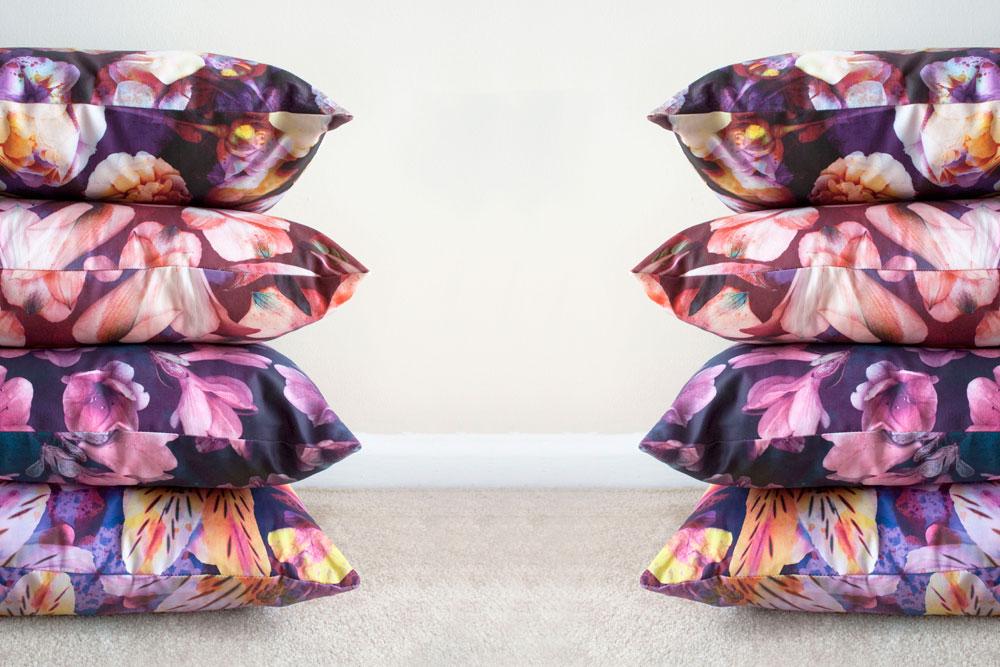 _Flowers-pillow4er-slideshow01.jpg