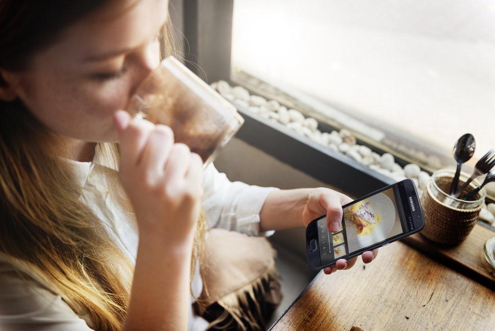 Social media S7 security Samsung